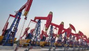 Russia, Saudi eye extending oil output reduction deal