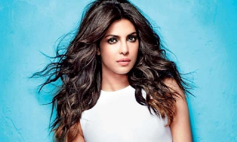 Priyanka Chopra to co-produce a Hindi film