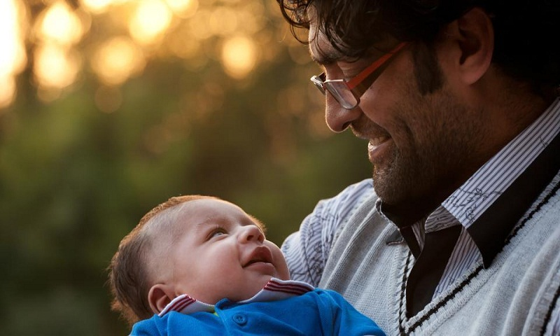 Fathers' active involvement can boost baby's mental skills