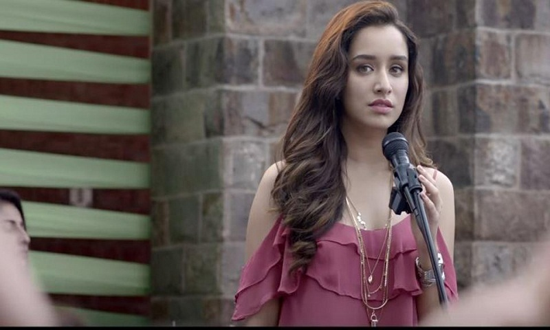 Shraddha Kapoor sings Main Phir Bhi Tumko for Half Girlfriend