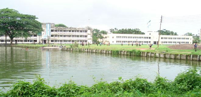 Govt medicines found floating in SBMCH pond