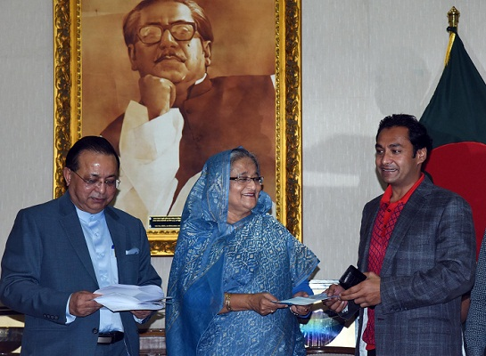 Banks, businesses donate to three benevolent bodies