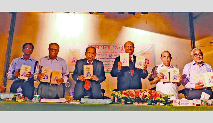 Two books on tubercular and chest disease unveiled