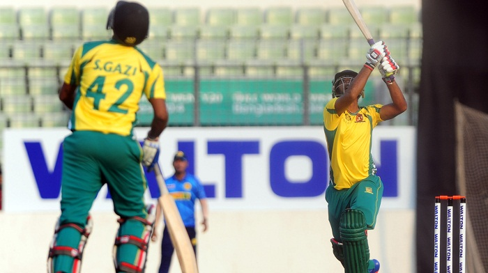 Sheikh Jamal beat Prime Bank by 2 wickets