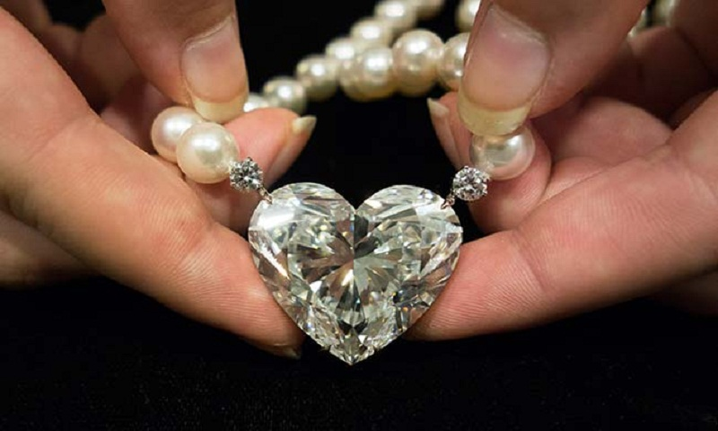 Heart-shaped diamond sells for record $15 million