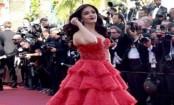 Aishwarya Rai Bachchan turns red queen at Cannes
