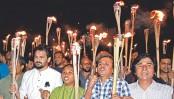 Gonojagoron Mancha arranges torch procession at Shahbagh protesting statue removal