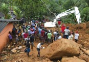 Mudslide, floods in Sri Lanka kill 25; 42 missing