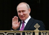 Putin set to visit France in hope of mending strained ties