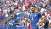 Giroud hat-trick lifts France past Paraguay