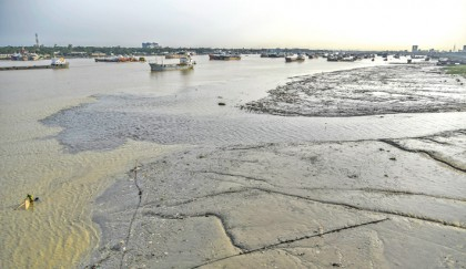 Pollution taking hefty toll on river Karnaphuli