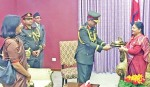 Bangladesh army chief meets Nepal president