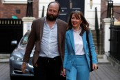 Theresa May's top two aides quit