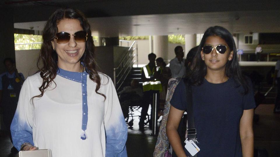 My daughter is a fan of Deepika Padukone and Varun Dhawan:  Juhi Chawla