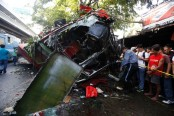 9 killed in southern Philippine road accident