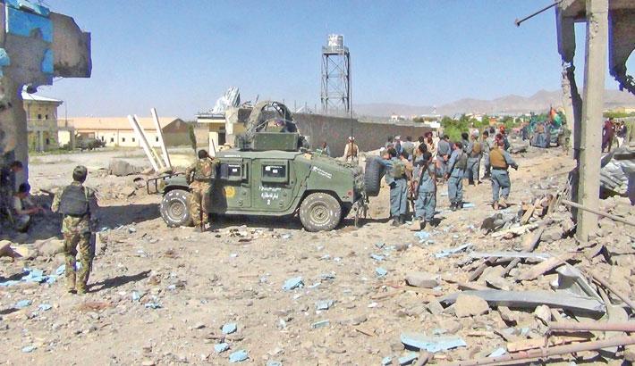 Taliban storm Afghan police base, 5 killed