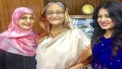 Shabana, Mousumi meet PM Hasina seeking help for sick director