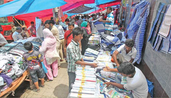 Makeshift shops look to be 'good' places for 'cheap' shopping!