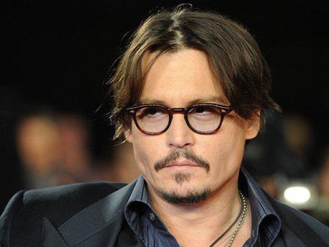 Johnny Depp apologises for 'poor joke' about assassinating President Trump