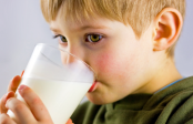 Drinking non-cow's milk linked to lower height in children
