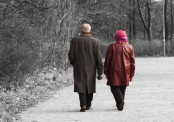 Slow walk may point to dementia: Study