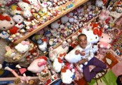 Retired Japanese cop breaks records with Hello Kitty collection
