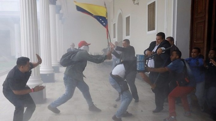 Maduro supporters storm Venezuela National Assembly