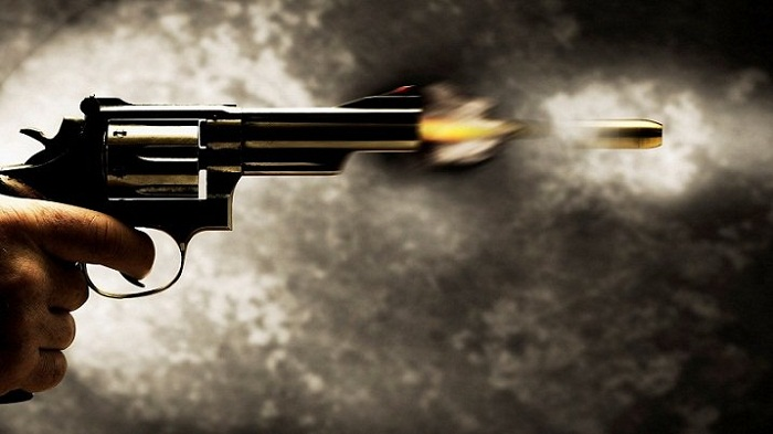 Gunfight at Hatirpool Bazar, DU student among 2 hurt