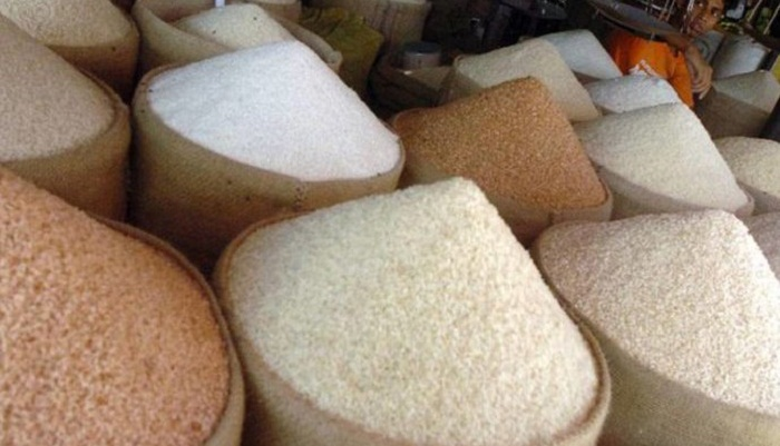Rice price falls amid cut in import duty