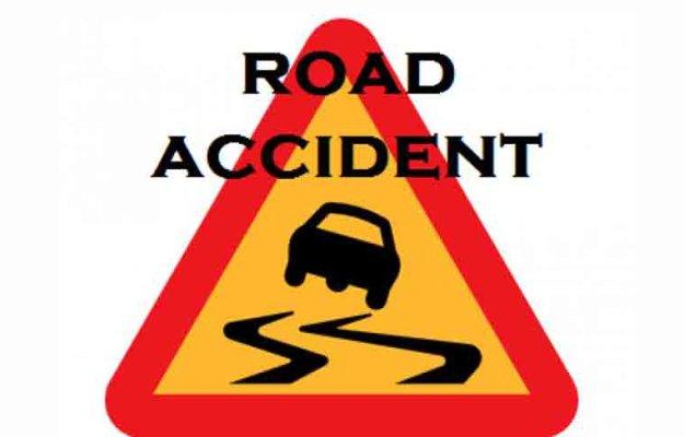 Magura road crash kills 2,injures 20