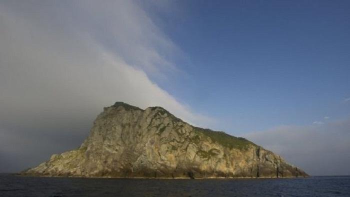 Okinoshima island gains Unesco World Heritage status