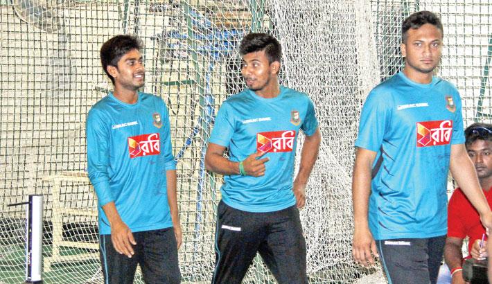 Tigers training on ahead of Australia series