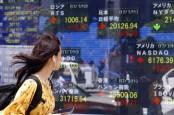 Asian shares edge higher ahead of Yellen testimony