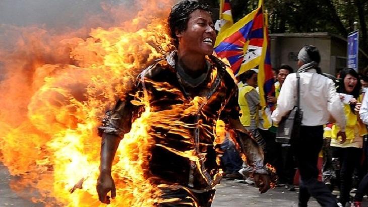 Tibetan student set himself on fire in India demanding 'freedom'