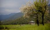 Bir: Of serenity and monsoon