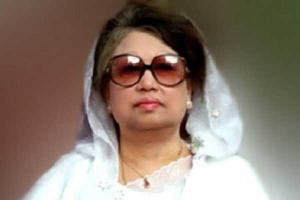 Khaleda reaches London