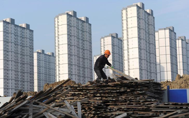 China's economic growth holds steady despite slowdown fears