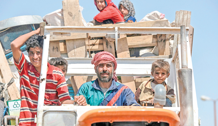 Syrians flee their homes