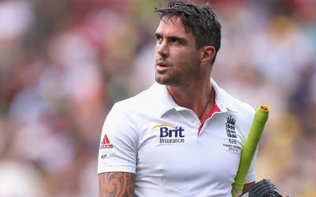 Pietersen makes explosive return to England