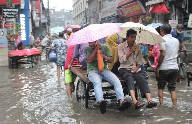 Rain hampers city life