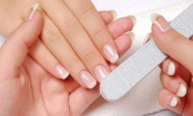 Easy, do-it-yourself manicure