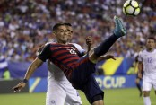 Dempsey at home 1 goal from record; US team in Gold Cup semi