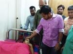 Mushfiq visits Muktamoni at DMCH