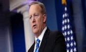 Sean Spicer quits: White House press secretary plays down 'row'