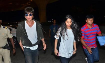 'I am stuck, Suhana's panic call to Shah Rukh Khan