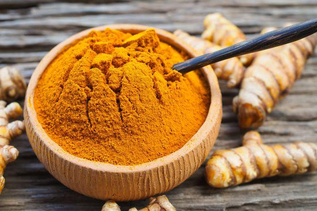Use turmeric for anti-ageing, healing and exfoliate blackheads
