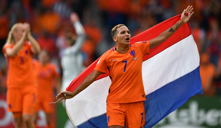 Netherlands ease past Sweden into Euro semi-finals