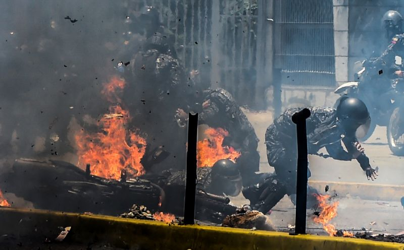 10 killed as Venezuela vote turns violent