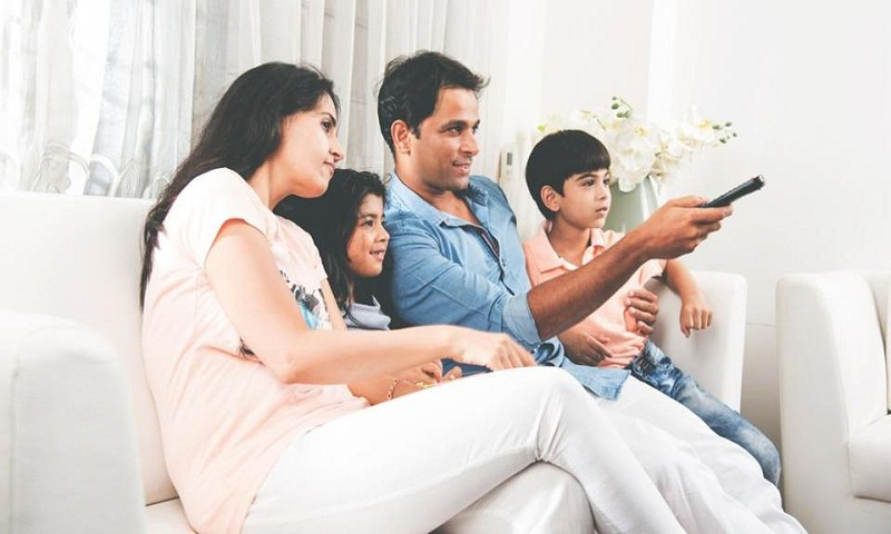 Parents, beware! 3 hours of TV daily may up risk of diabetes in kids