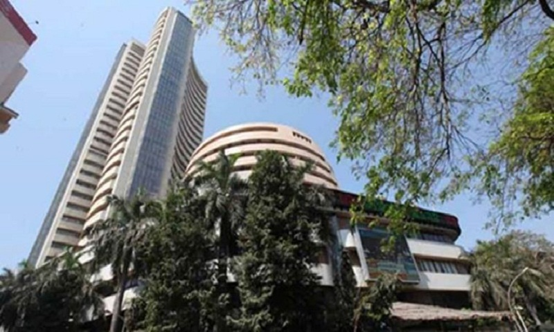 Nifty hits fresh high of 10,101, Sensex up 100 points